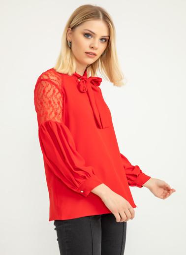 Foremia Omuzu Dantel Detay Bluz Kırmızı